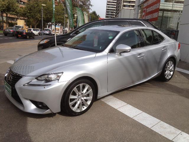 lexus is250 2.5 aut