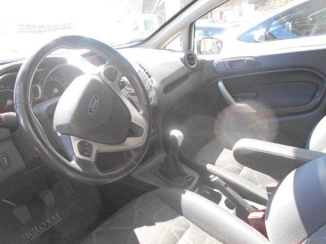 ford new fiesta 5 p ses titanium 1.6 mt 4x2