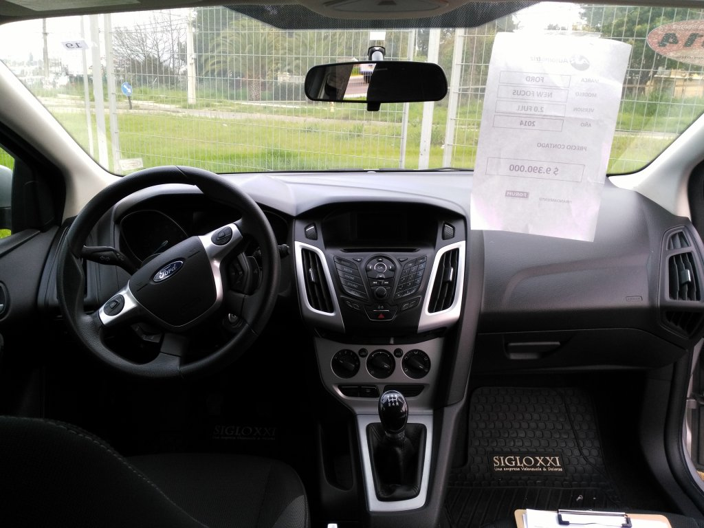 ford new focus hatch 2.0