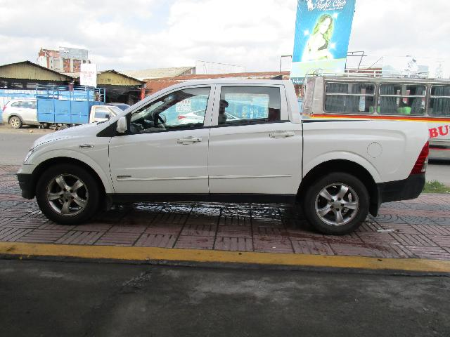 ssangyong actyon sport 4x2 2.0 at aro 18