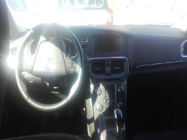 Autos Rosselot Volvo V40 t4 comfort mec  2015