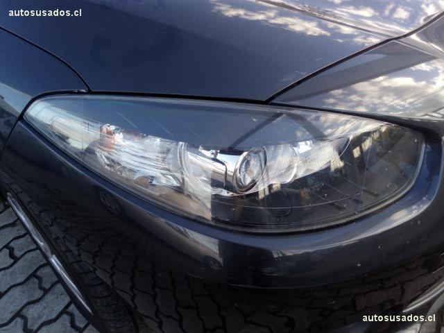 Autos Kovacs Renault Fluence 2014