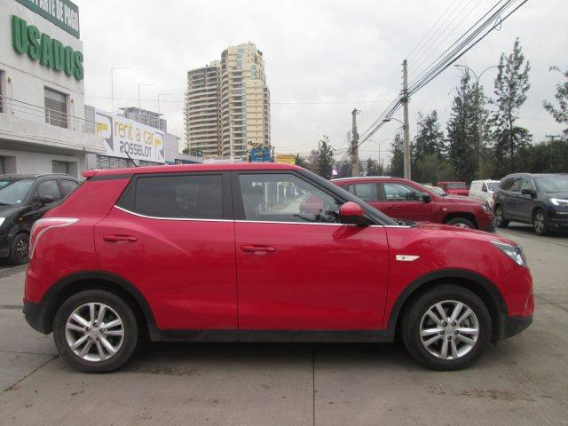 Autos Rosselot Ssangyong Tivoli gas 4x2 1.6 mt tv1010  2016