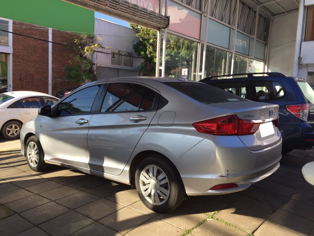 Autos AyR Automotriz Honda City lx 1.5 mec 2015