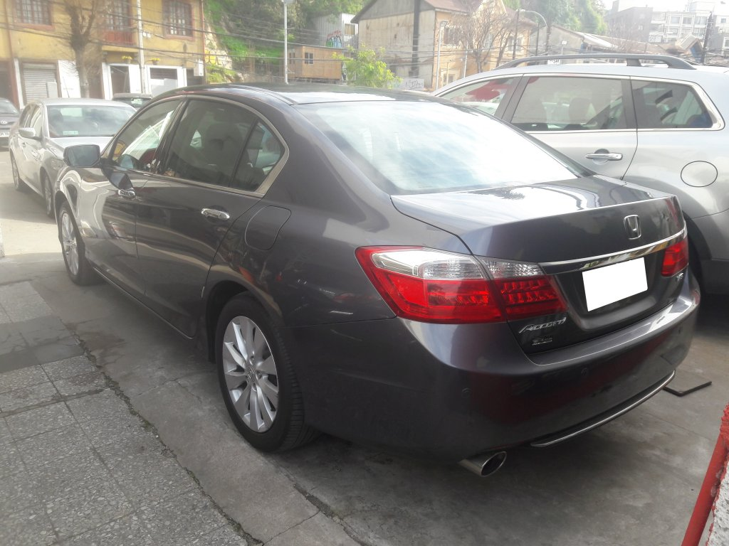 honda accord v-6 3.5 aut.