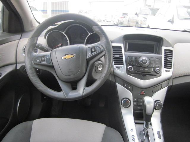 chevrolet cruze 1.8 ls at