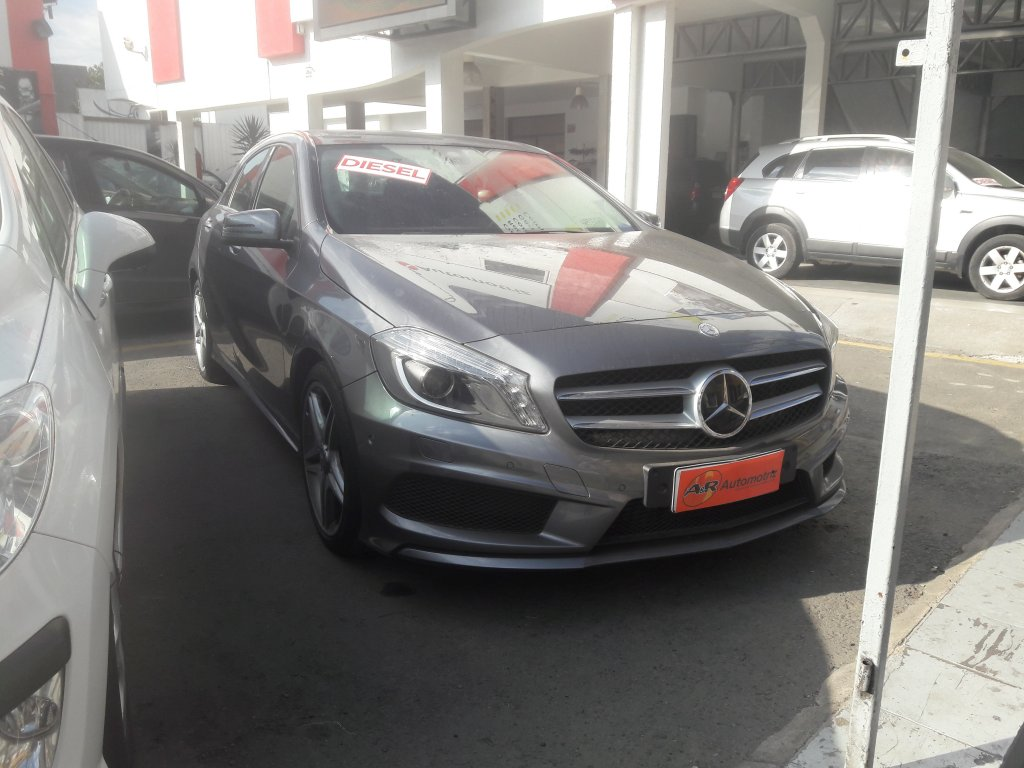Autos AyR Automotriz Mercedes benz A 200 diesel blue ef 2015