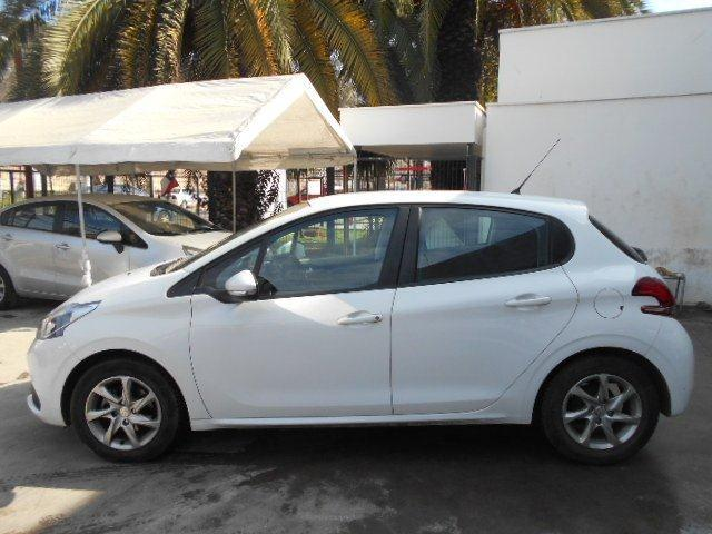 peugeot 208 active hdi 1.4