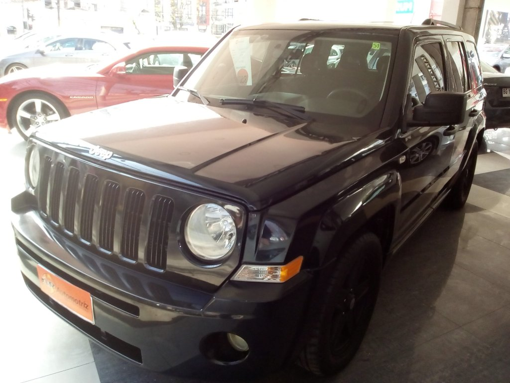 Autos AyR Automotriz Jeep Patriot 4x4 2.4 aut 2008