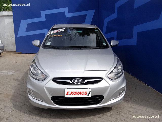 Autos Kovacs Hyundai Accent 2012