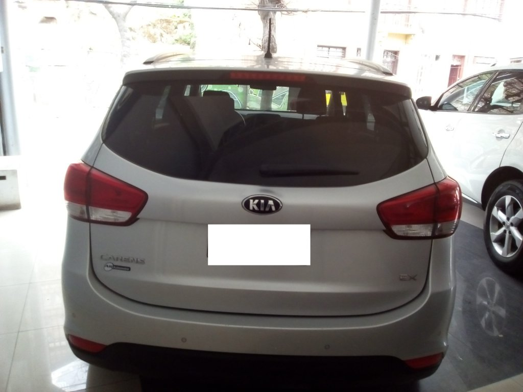 kia carens lx 2.0 mt
