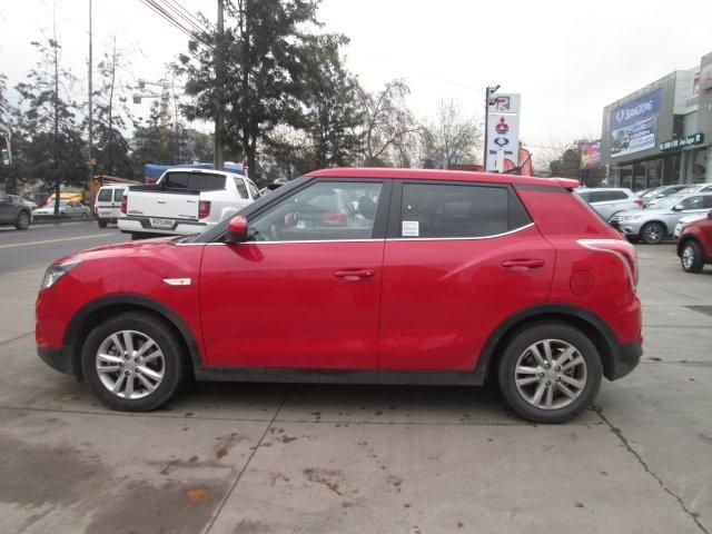 ssangyong tivoli gas 4x2 1.6 mt tv1010