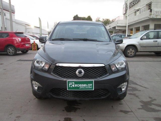 Camionetas Rosselot Ssangyong New actyon sport 2.0 4x2 at - euro v nas623  2015
