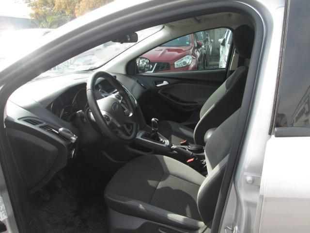 ford focus se mt 2.0 aac 7ab