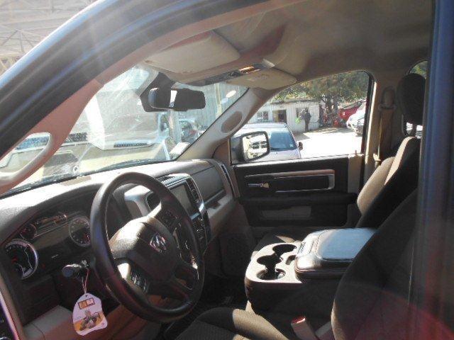 dodge ram 1500 quad cab 3.6l.