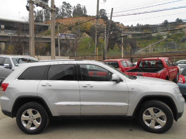 chrysler grand cherokee laredo 3.6l v6 4x2