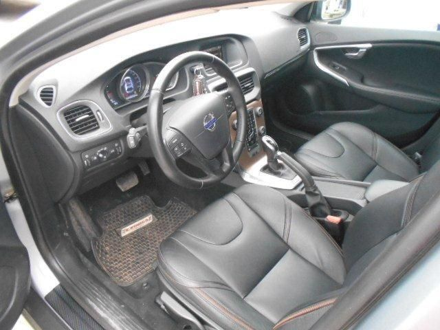 volvo v40 cc t4 aut 2.0 limited (awd)