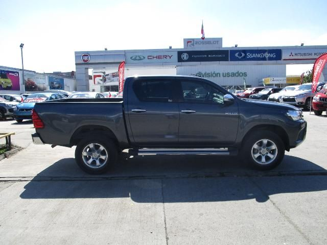 toyota new hilux d/c 4x2 diesel 2ab abs aa