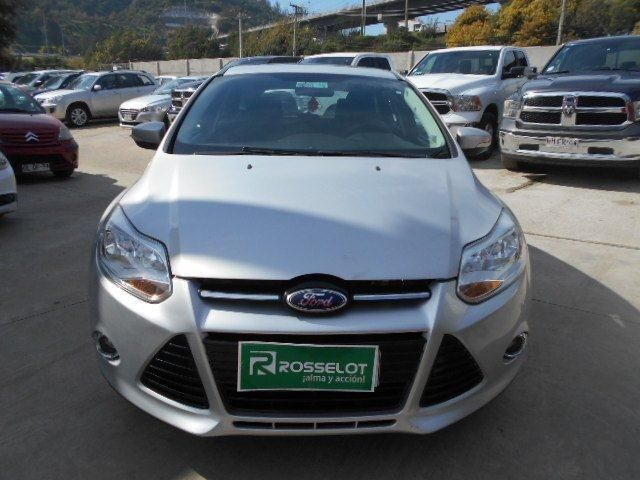 Autos Rosselot Ford Focus se mt 2.0 aac 7ab 2013