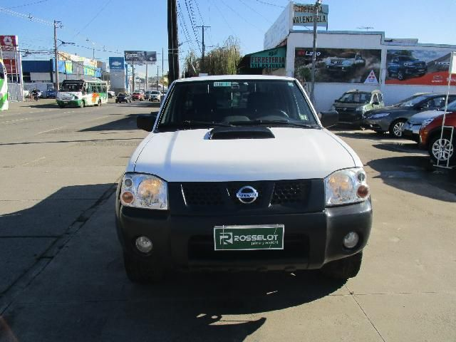 Camionetas Rosselot Nissan Terrano ax doble cabina 4x2 2012