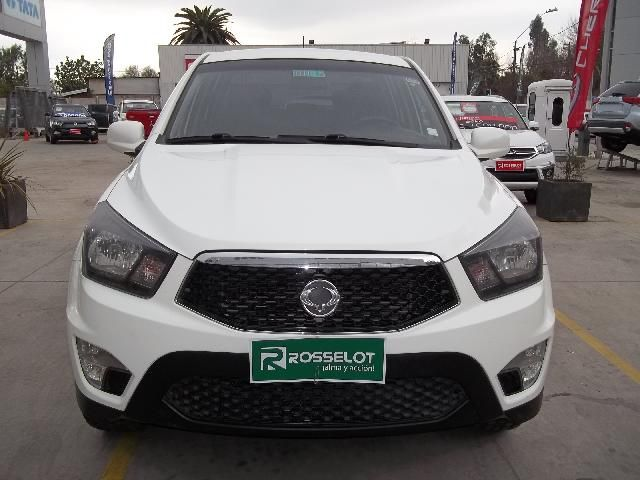 Camionetas Rosselot Ssangyong New actyon sport 4x2 2.0 mt a/a abs ll - nas612 - euro iv 2014