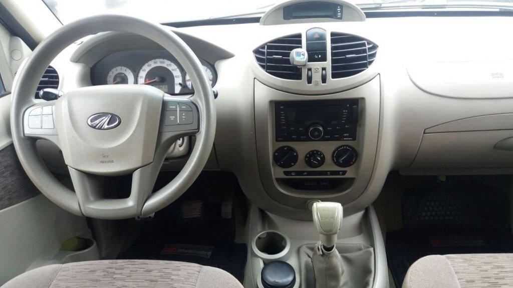 Camionetas AyR Automotriz Mahindra Genio d/cab diesel f 2013