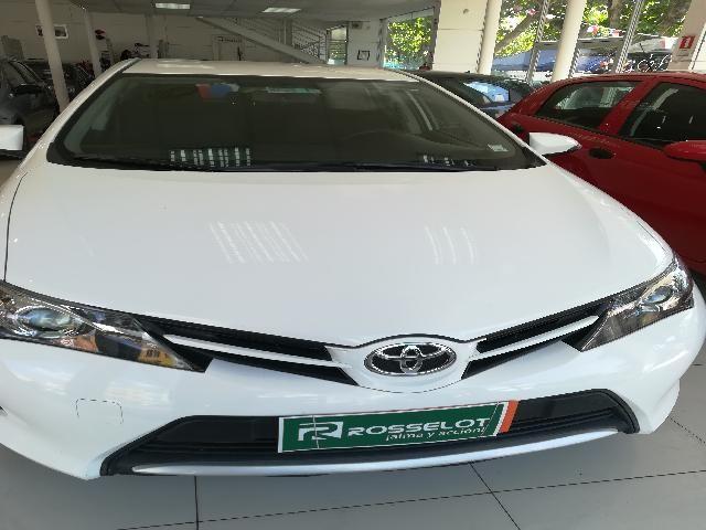 Autos Rosselot Toyota Auris lei 1.6 2013