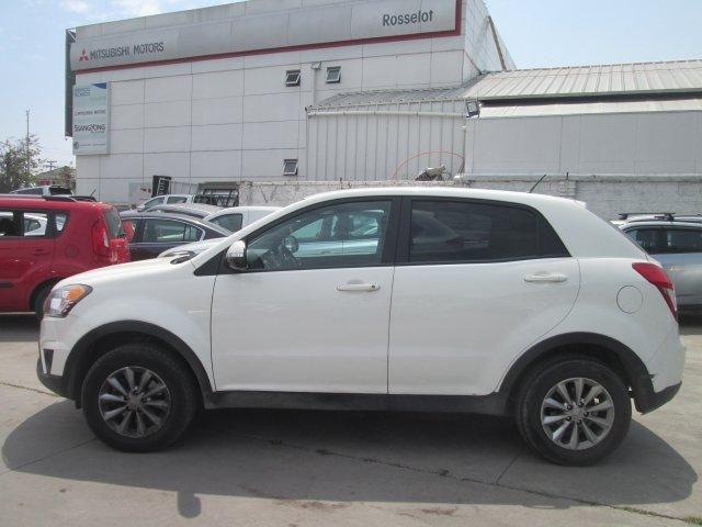 Autos Rosselot Ssangyong Korando gas 4x2 mt - kc1010  2015