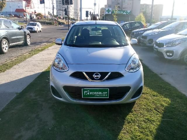 Autos Rosselot Nissan March sence at 1.6 - klb138.5** 2014