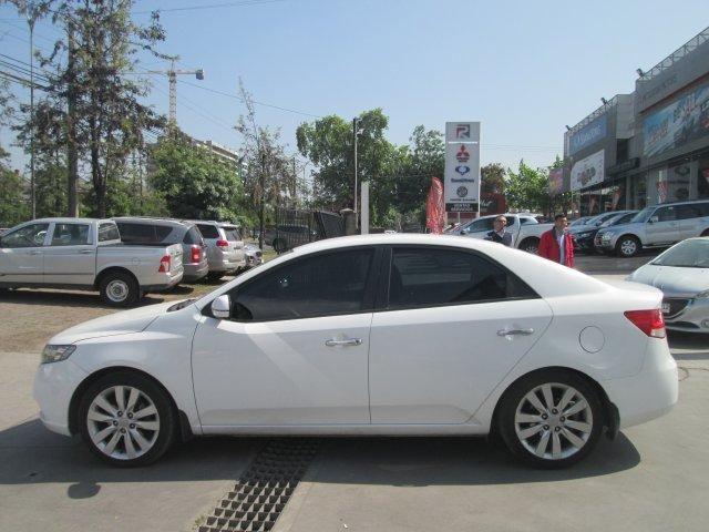 Autos Rosselot Kia Cerato c sx 1.6 at dh a/c dab - 1259  2012