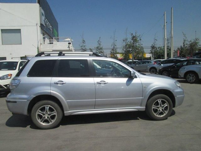 mitsubishi new outlander gls 2.4 aut semi full