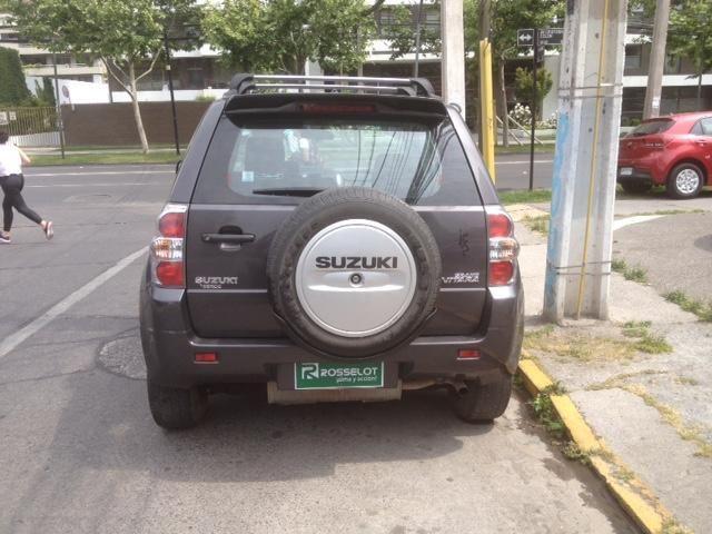 suzuki grand vitara glx 2.4