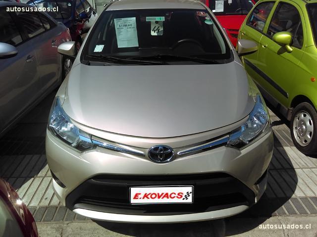 Autos Kovacs Toyota Yaris 2016