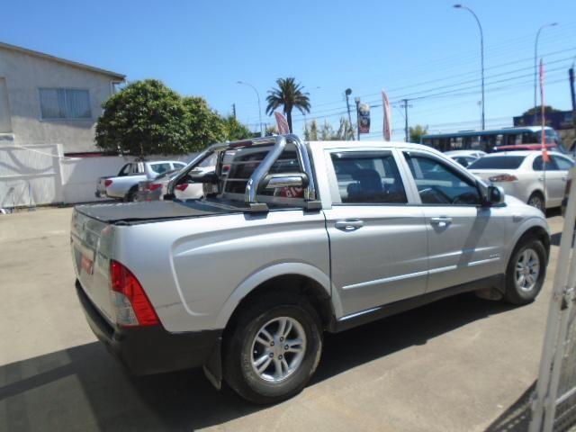 ssangyong actyon sport 2.0 diesel mt 4x2