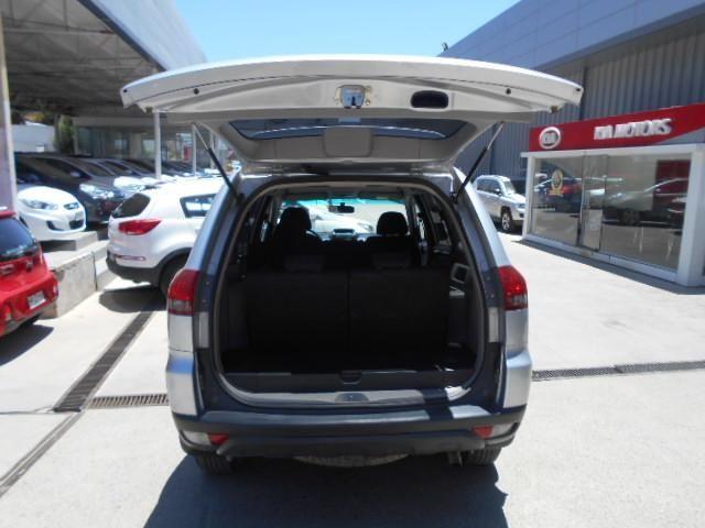 mitsubishi new montero sport g2 2,5 mt 4x2 diesel