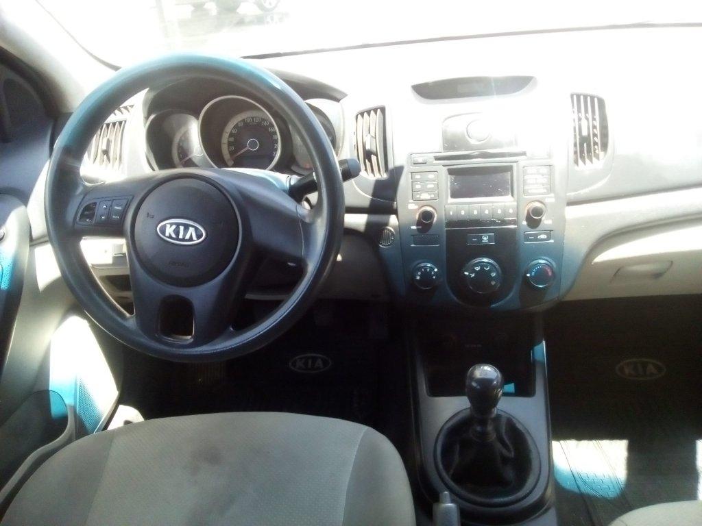 Autos AyR Automotriz Kia Cerato c ex 1.6 2009