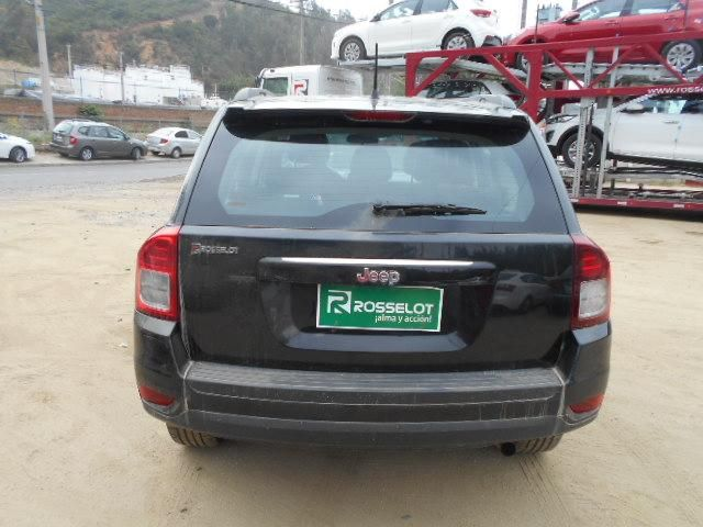 Autos Rosselot Chrysler New compass sport 2.4 at 4x4 2015