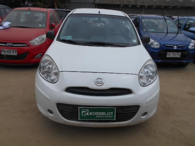 Autos Rosselot Nissan March drive klb127 2014