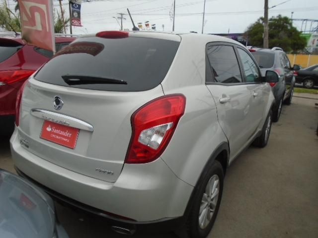 ssangyong new korando gas 4x2 mt - nkc1010