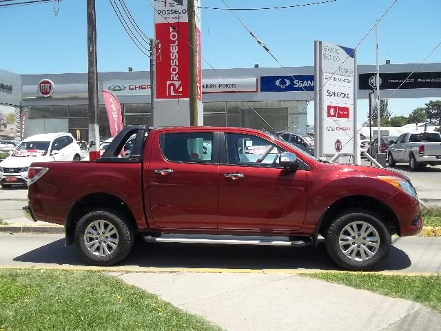 Autos Rosselot Mazda Bt-50 d/cab sdx 4x4 3.2 at 2015