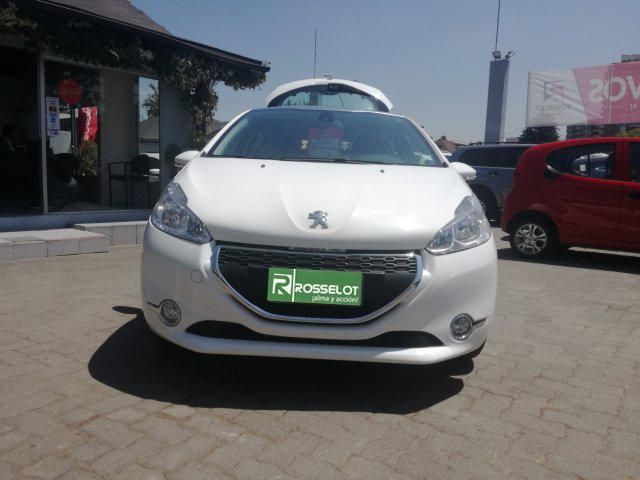 Autos Rosselot Peugeot 208 allure 2014