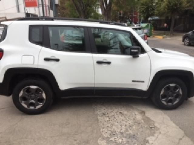 chrysler renegade sport lx 4x2  mt 1.8