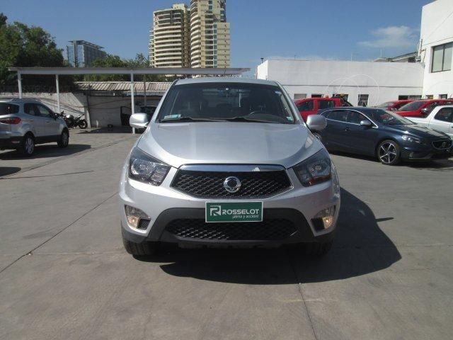 Camionetas Rosselot Ssangyong New actyon sport 2.0 4x2 at - euro v nas623  2014