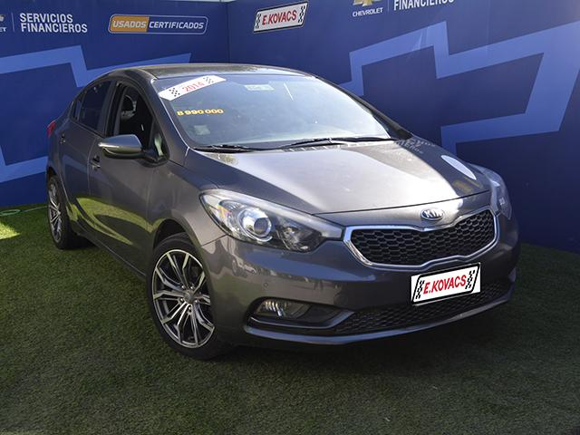 Autos Kovacs Kia motors Cerato new 2014
