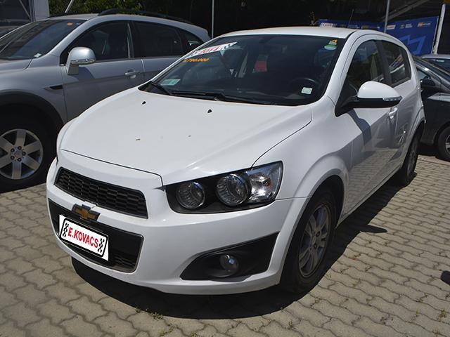 Autos Kovacs Chevrolet Sonic lt hb 2014