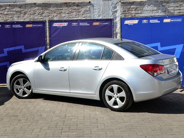 Autos Kovacs Chevrolet Cruze ls 1,8 2012