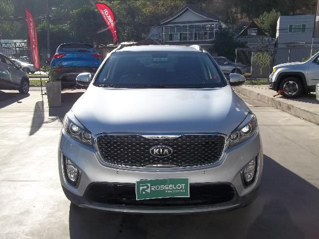 Autos Rosselot Kia New sorento ex 2.4l gsl 6at 4x2 se - 1589 2015