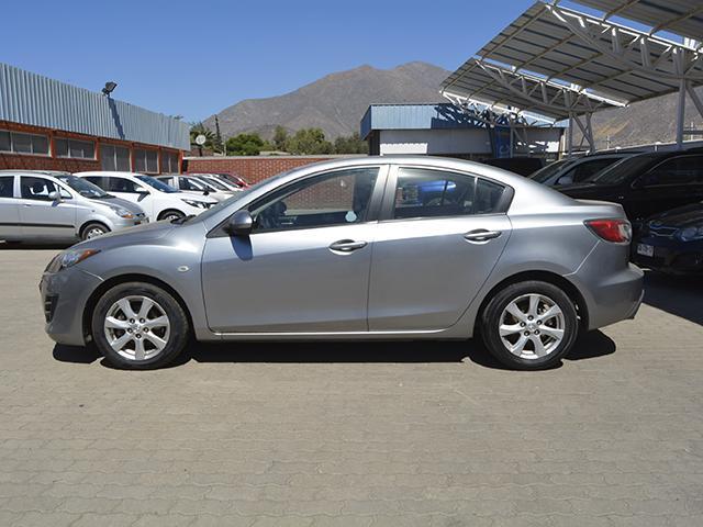 Autos Kovacs Mazda 3 . 2010