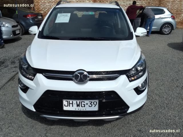 Autos Hernández Motores Baic X25 2017
