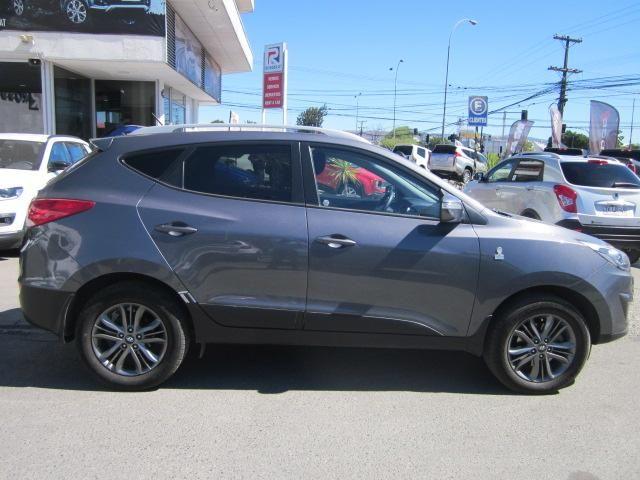 Camionetas Rosselot Hyundai Tucson 2.0 gl 2wd 5mt ac 2ab abs 2014